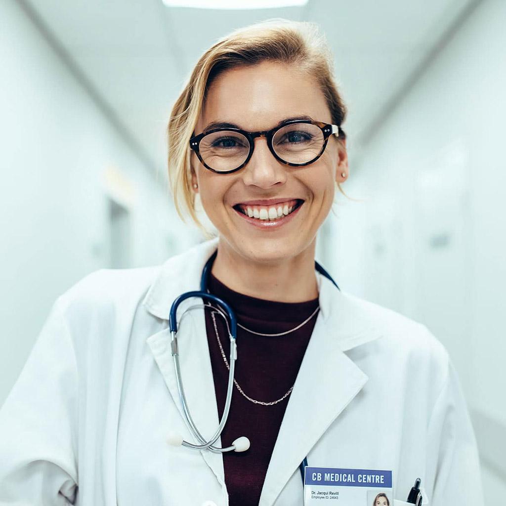 Orvos adatbázis (3658 db)
